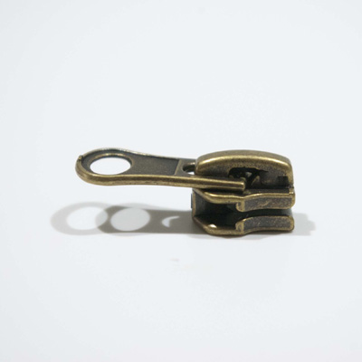Slider M10, a/l, antique brass