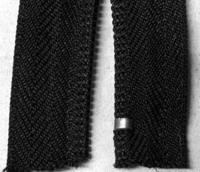 Alu-Anfangsteil für Spiralreißverschluss 6 mm Kettenbreite, fertig montiert, Ansicht von unten
