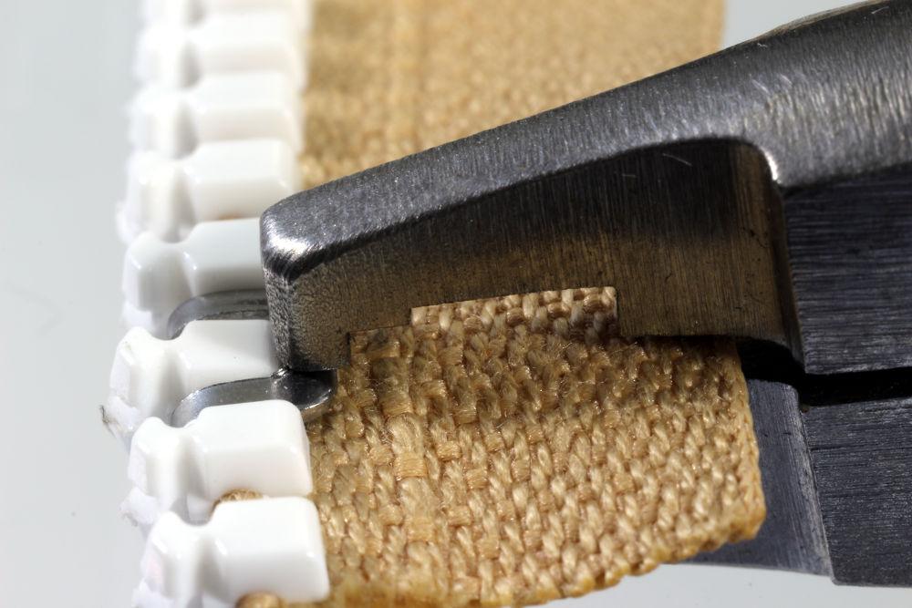 anleitung zum befestigen b gelf rmiger edelstahl anfangs teile an delrin rei verschl ssen. Black Bedroom Furniture Sets. Home Design Ideas