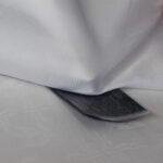 Textilien auf Rückseite des Klettbandes bügeln